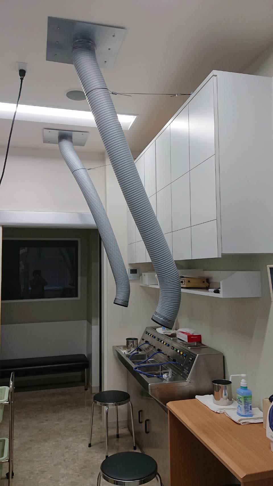 ネプライザー治療用の換気扇ダクトを新設